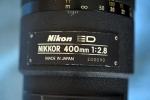 On est plus classique avec le 400mm, parce qu'il est plus récent, donc pas de bague en or. Le numéro de série indique cependant que c'est le 90è à avoir été fabriqué, sur un peu plus de 2600 en tout.