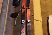 Ski Black Diamond Current + Plum Guide M + peaux