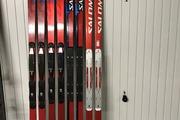 Lot de skis de SG/DH préparés course