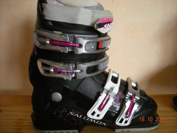 chaussure de ski salomon femme. Black Bedroom Furniture Sets. Home Design Ideas
