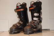 Chaussures de ski quasi-neuves ATOMIC BURNER 90 (2011) T29 (45)