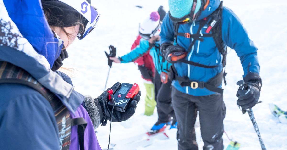 Une journée de formation au secours en avalanche avec l'ANENA