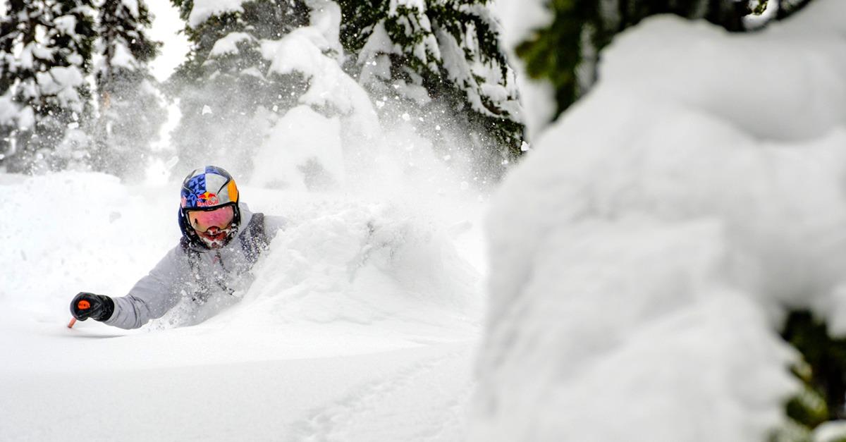 depose hélico ski canada