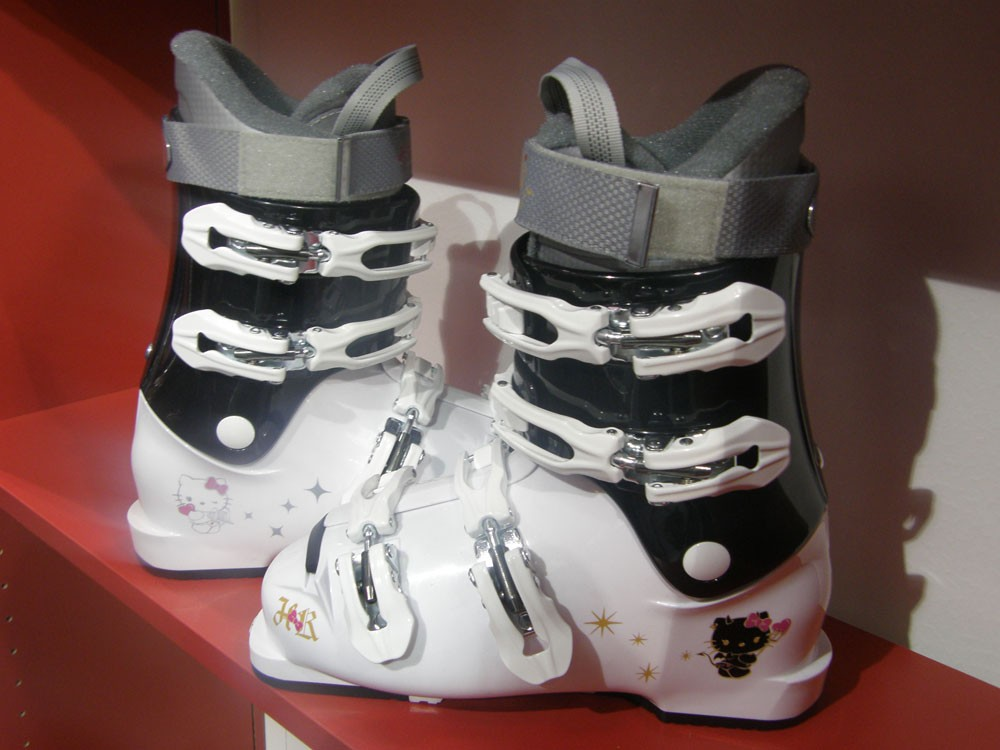 And the Hello Kitty boots !
