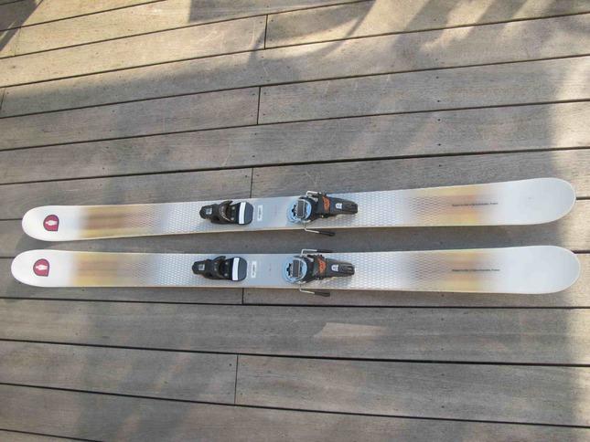 neuf Paire de ski White-Doctor TW10-174 nu
