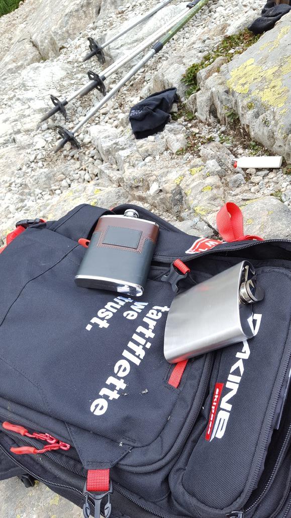 Dakine Heli Pro Skipass In Tartiflette We Trust