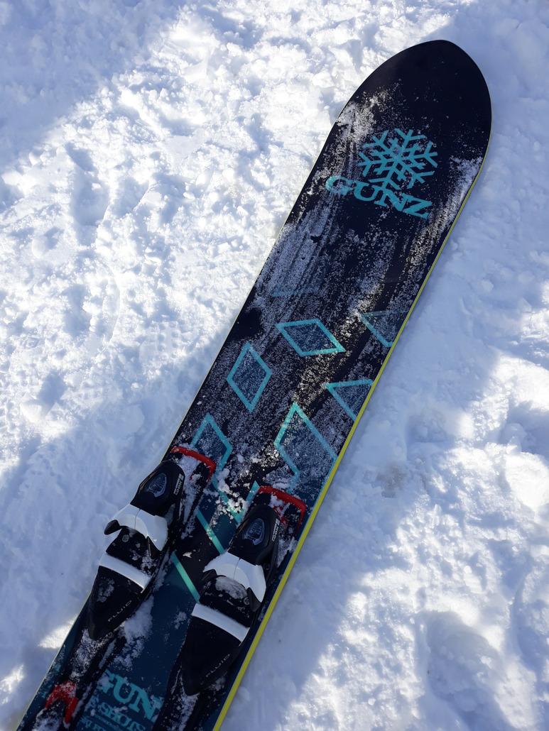 snowgunz Flake Shot : Un bon modèle freeride polyvalent!