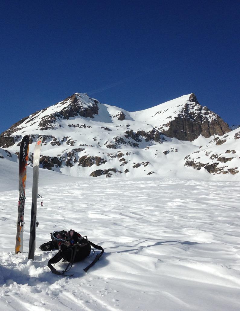 Dynastar CHAM HM 87 : Très bon ski de randonnée à tout faire, il s'adapte dans de nombreuses conditions.
