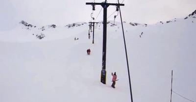 Téléski 1 - Snowboardeuse 0