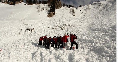 Quatre morts dans une avalanche en Autriche