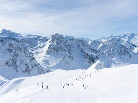 Bienvenue dans le plus grand domaine de ski des Pyrénées !