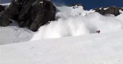 Vidéo : quand l'avalanche a touché la piste
