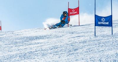 Devenir moniteur de ski, oui. Mais pas tout seul !
