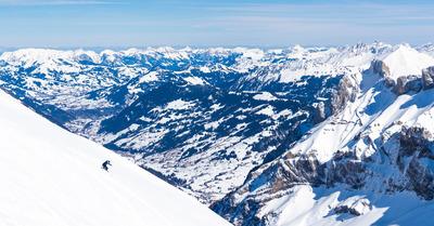 Grand ski dans les Alpes vaudoises
