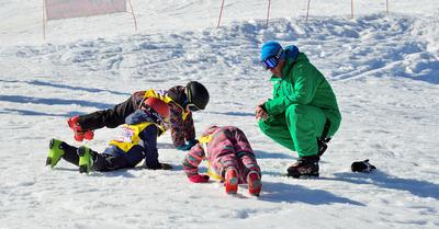 Débutants : conseils pour se préparer aux cours de ski