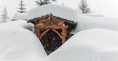 Toujours plus de neige : jusqu'à 60 cm tombés en 24h