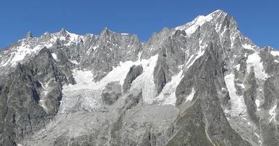 Un glacier menace de s'effondrer dans le massif du Mont Blanc