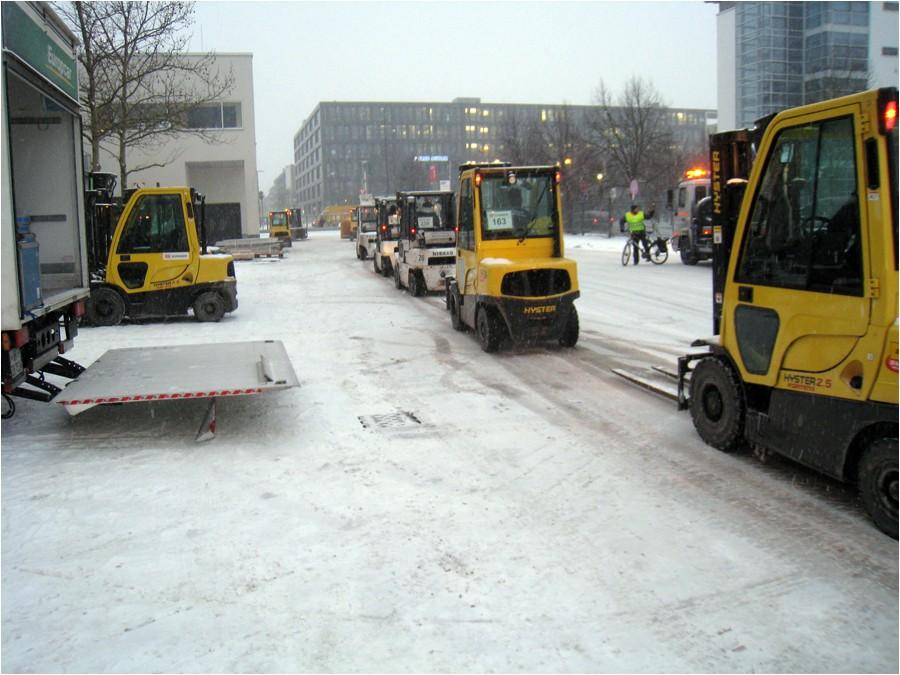 Fin d'ISPO, on range tout, sous la neige